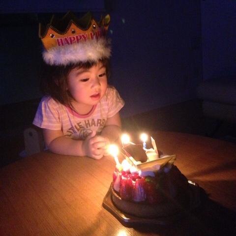 こどもと誕生日ケーキ